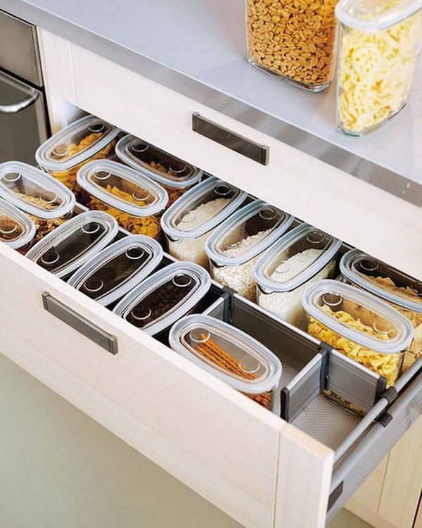 Kitchen-Drawer-Organization-Tip - snacks and staples